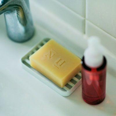 洗顔ソープ使用イメージ