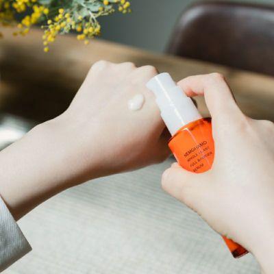 フルバリア美容液使用イメージ