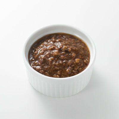 オリーブと肉味噌のソース