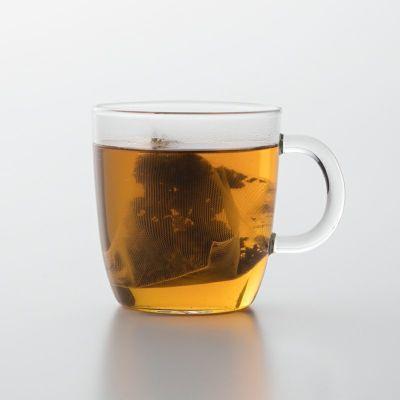 オーガニックカカオティーの入ったティーカップ