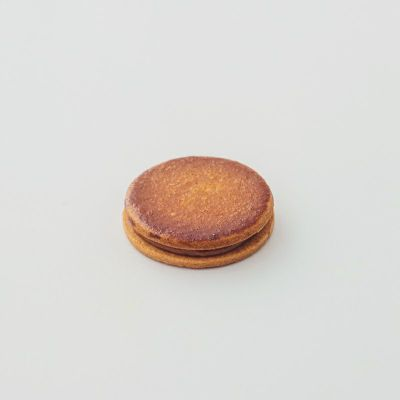 バニラ味のキャラメルサンドクッキー