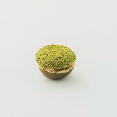 抹茶レモン味のダックワーズマル