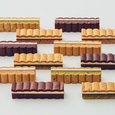 木箱入りのナミナミクッキー10本